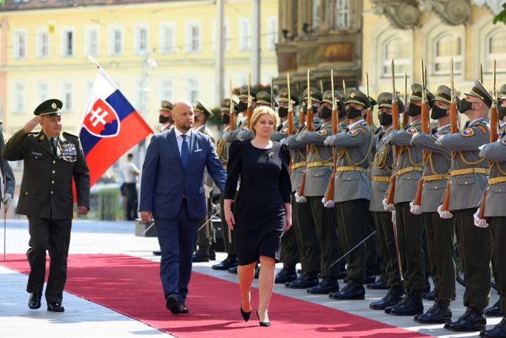 Čaputová a parancsnoki ülésen a NATO alacsony támogatottságára figyelmeztetett