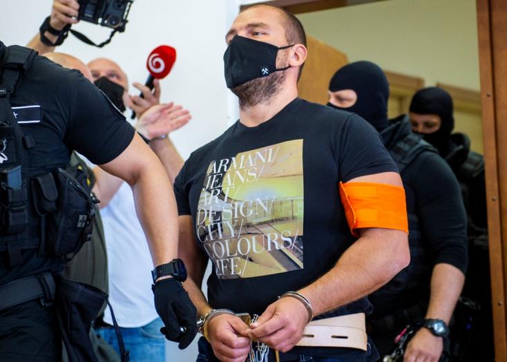 A  Takáč-klán tagja azt állítja, hogy Dömötör Csabának semmi köze a kenőpénzhez, amit Dušan Kováčik kapott