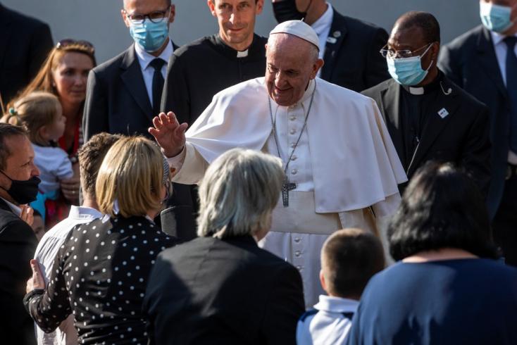 Az antiszemitizmus elítélésére szólított fel Pozsonyban Ferenc pápa