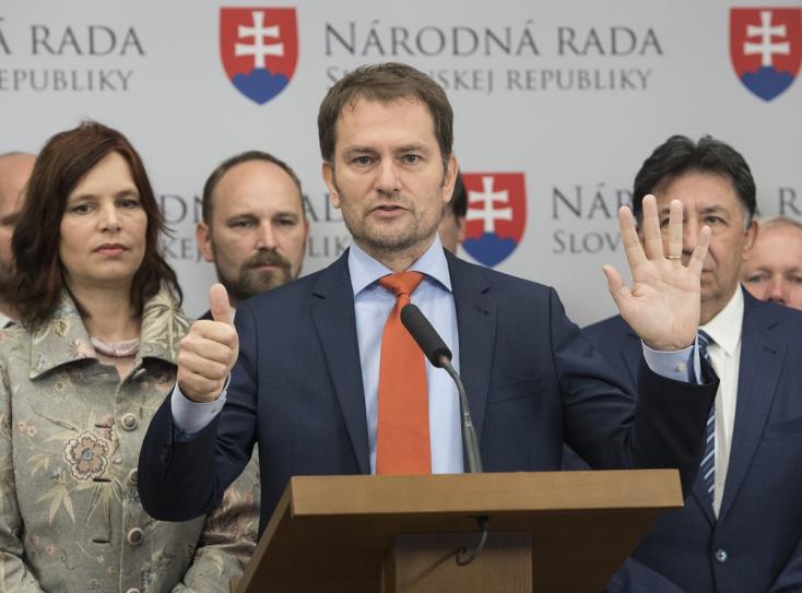 """Pörög az adófizetők """"ingyencirkusza"""": majmokat lát Matovič a parlamentben"""