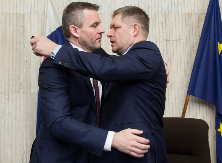 Megható búcsút vett a bársonyszéktől Fico és Kaliňák - FOTÓK
