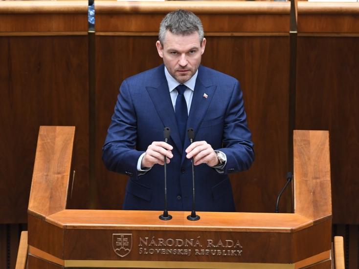 39 képviselő szólal fel a parlamentben, hétfőre tolódhat a bizalmi szavazás