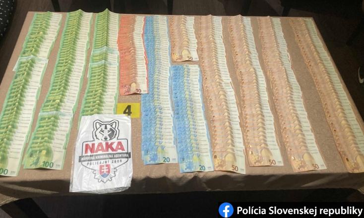 Kábítószerrel üzletelő bandára csapott le a NAKA – főként magyarlakta járásokban tevékenykedtek