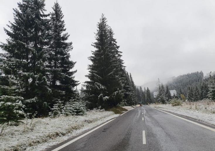 Máris megérkezett a tél? Szlovákia egyes részein már havazott (FOTÓK)