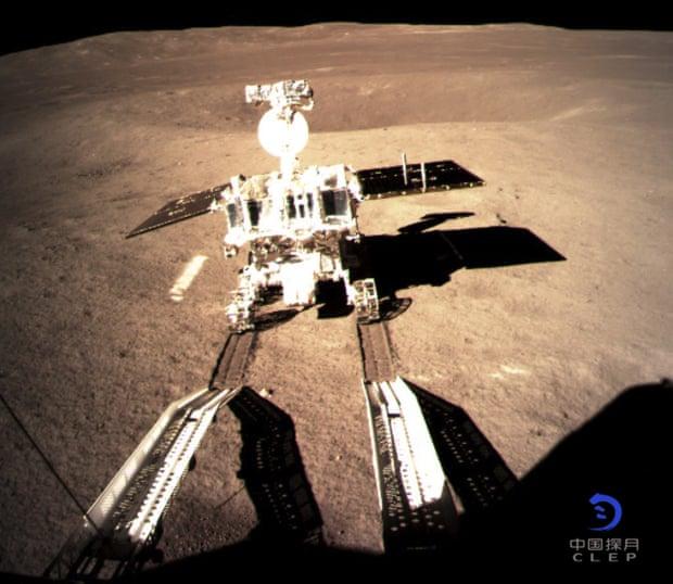 Kigördült a holdjáró a Csang'o-4 kínai űrszondából