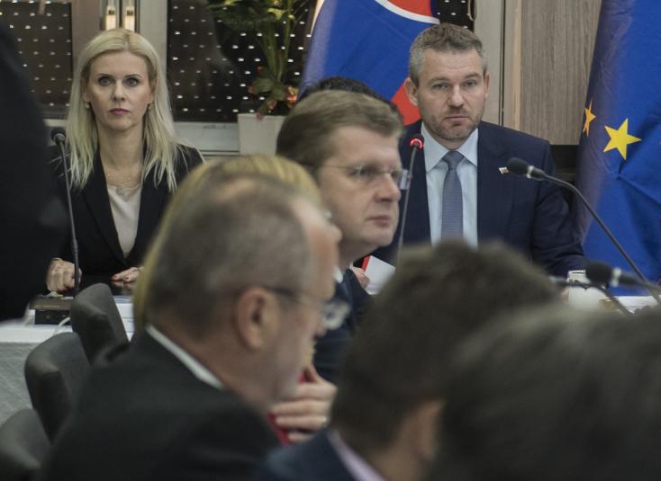 Ficóék meghátráltak, Žitňanská a helyén marad