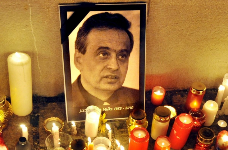 Valko-gyilkosság: Még várni kell a vádalkura