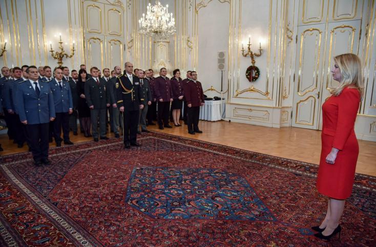 Čaputová fogadta a rendőrség, a tűzoltóság és a mentőszolgálat képviselőit