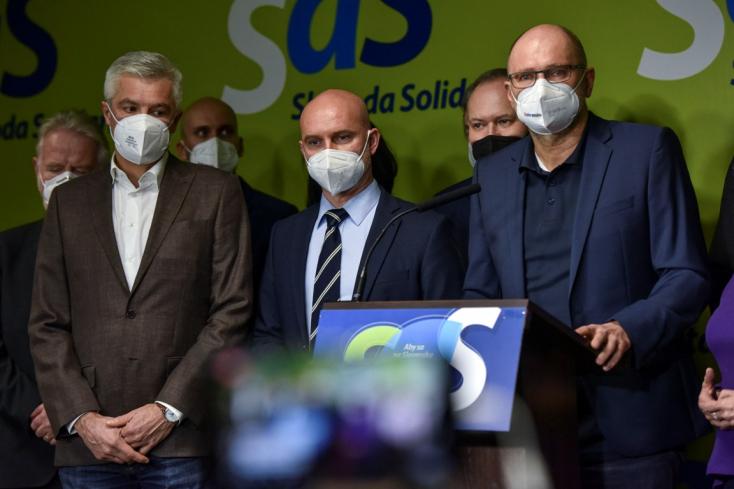 Visszatért a parlamentbe Sulík, Gröhling és Kolíková
