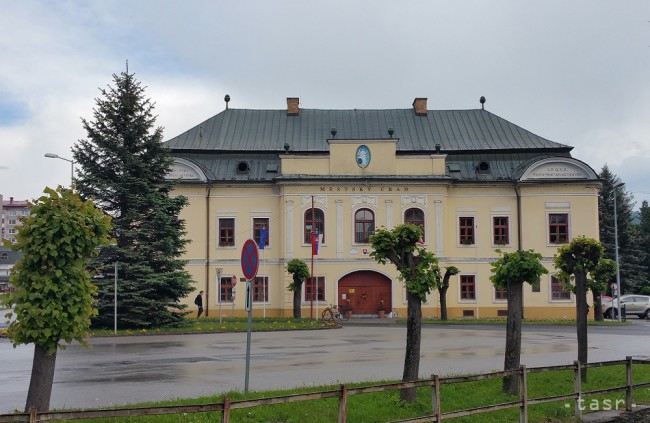 Négy választási ciklus után távozik Nagyrőce polgármestere, négyen pályáznak a helyére