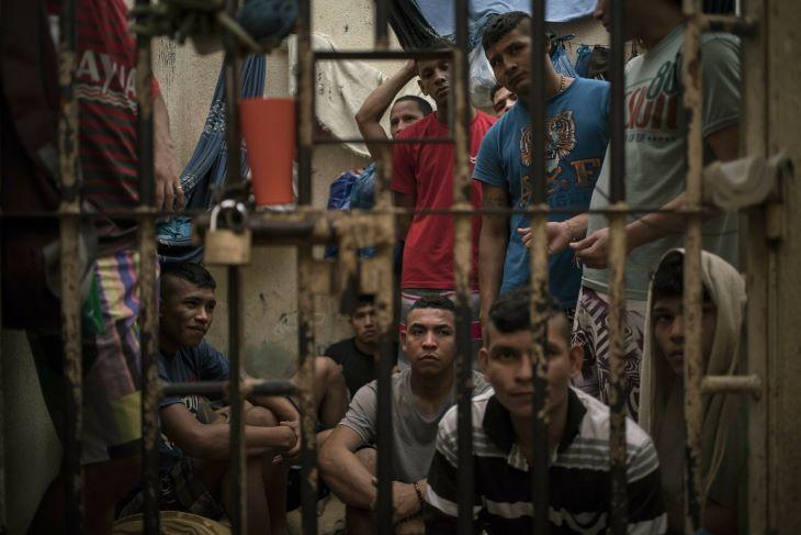 Százak hunytak el a túlzsúfolt brazil börtönökben a járvány miatt