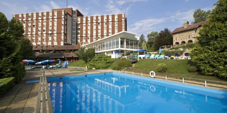 Tűz ütött ki egy hévízi szállodában