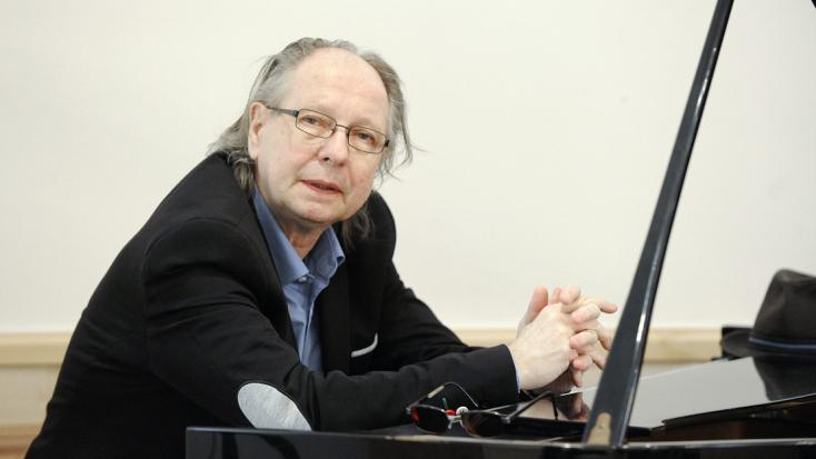 Meghalt Balázs Fecó