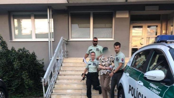 Házkutatást tartott a rendőrség a párkányi zenélő háznál