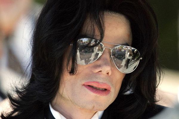A BBC Radio 2 után most egy norvég rádió nem fogja játszani Michael Jackson dalait