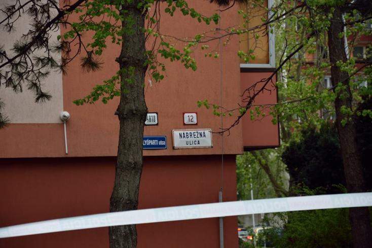 A belügyminisztert is sokkolta az Érsekújvárban történt savas támadás híre