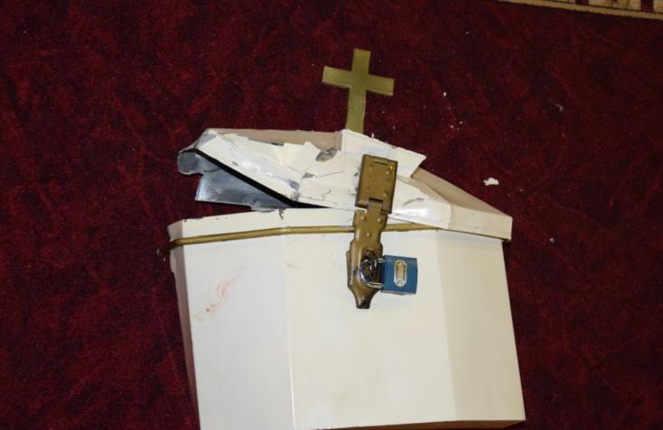 Nem reszketett a betörő, behatolt a templomba, és elvitte a karácsonyi perselypénzt