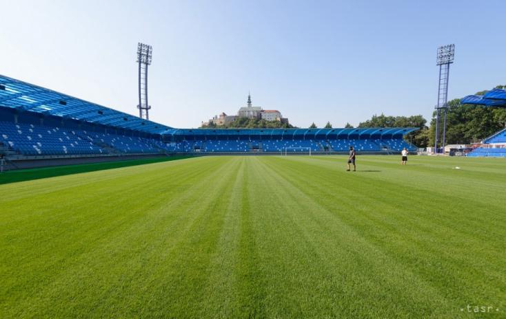 Nem kis károk keletkeztek a nyitrai stadionban a kupadöntő alatt