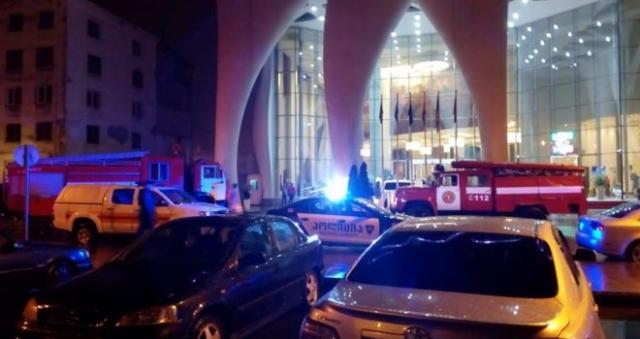 TRAGÉDIA: Tűz ütött ki egy grúziai luxushotelben, sokan meghaltak