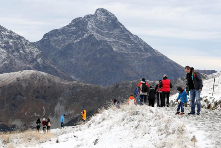A Tátrában már hullik a hó (FOTÓK)