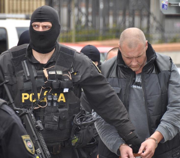 Szabadlábra helyezték a Takáč-klán magyar maffiafőnökét, Füle Tibort!