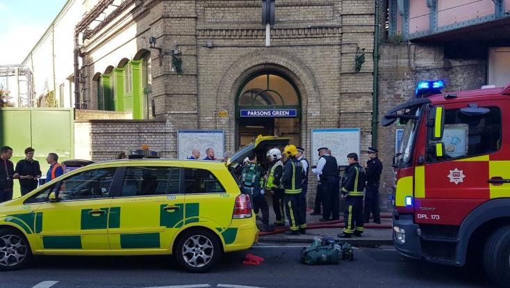 TERROR: Robbanás történt a londoni metróban!