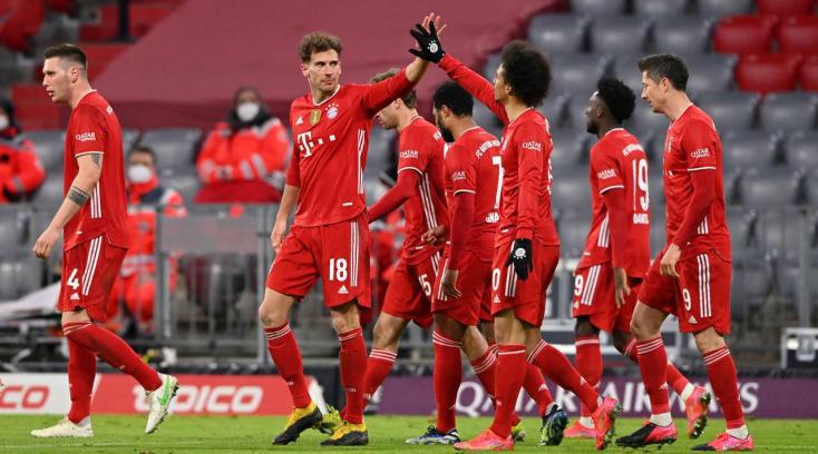Bundesliga: Kétgólos hátrányból fordítva nyerte a rangadót a Bayern München