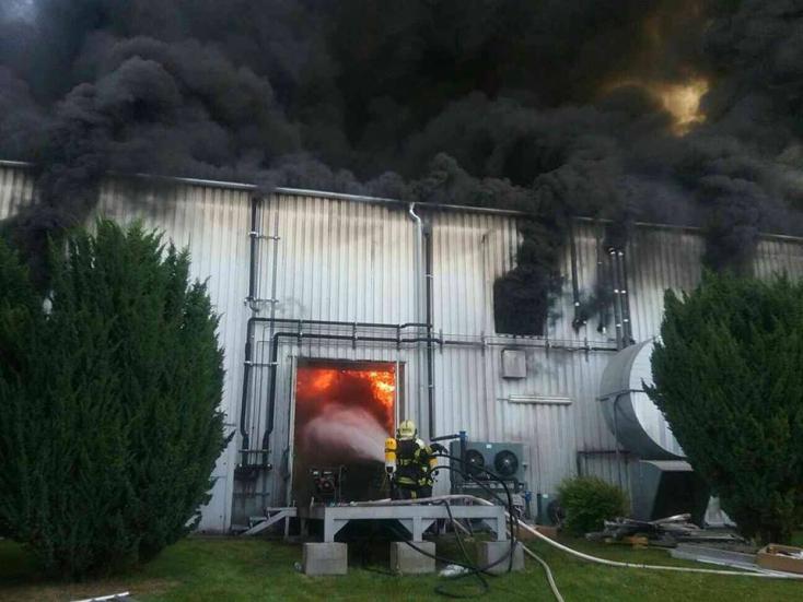 Hatalmas az anyagi kár a dunaszerdahelyi tűzben!