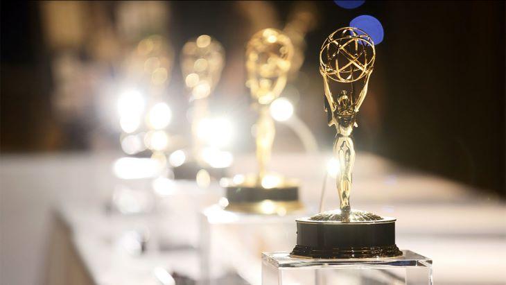 Emmy-díjak - A Watchmen és a Schitt's Creek tarolt a televíziós díjak díjátadó gáláján
