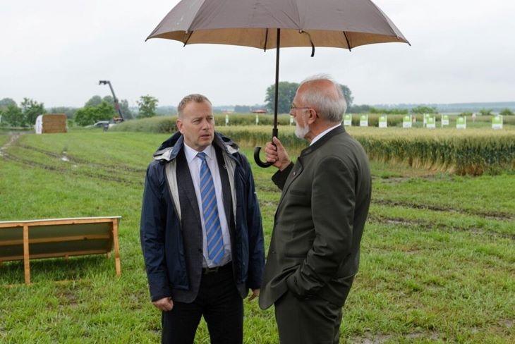 Udvardra látogatott a házelnök és a földművelésügyi miniszter