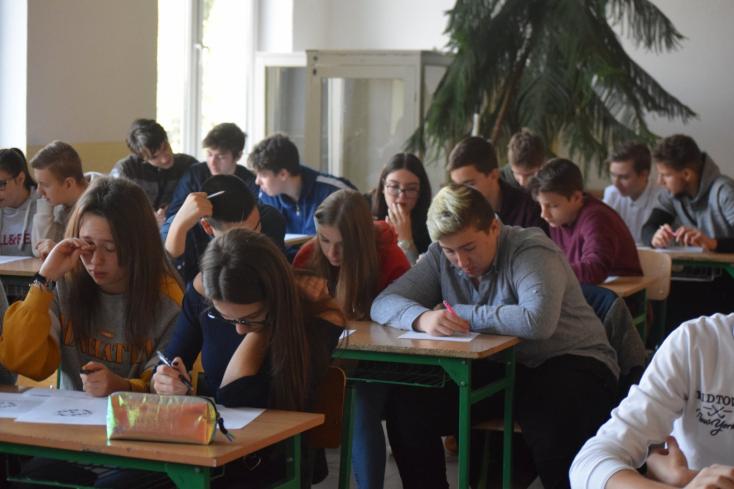 Programok tömkelege várta a diákokat a dunaszerdahelyi Vámbéry Héten