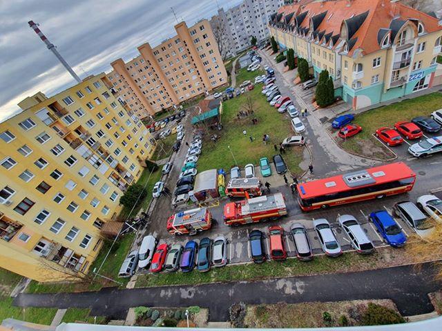 Gázszivárgás miatt evakuáltak egy lakóépületet Dunaszerdahelyen