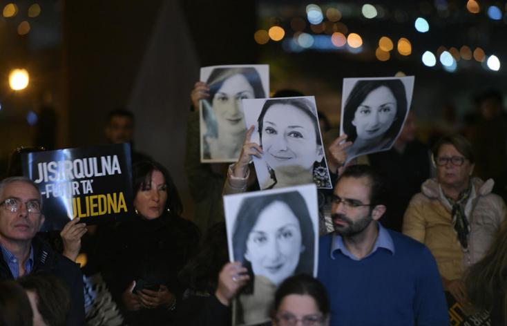 Januárban távozik posztjáról a máltai kormányfő