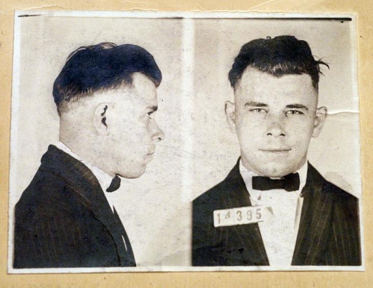 Felnyitják az egyik leghírhedtebb amerikai gengszter, John Dillinger sírját