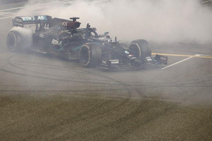 Elhalasztották az idénynyitó Forma-1-es ausztrál futamot, Bahreinben kezdődik a szezon