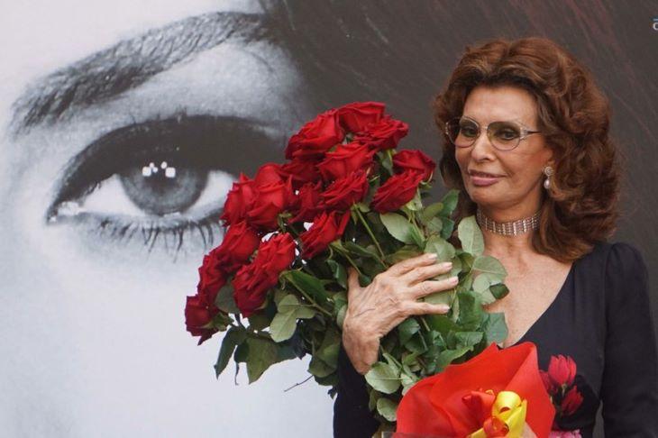 Sophia Lorent is kitüntetik az amerikai filmmúzeum megnyitóján