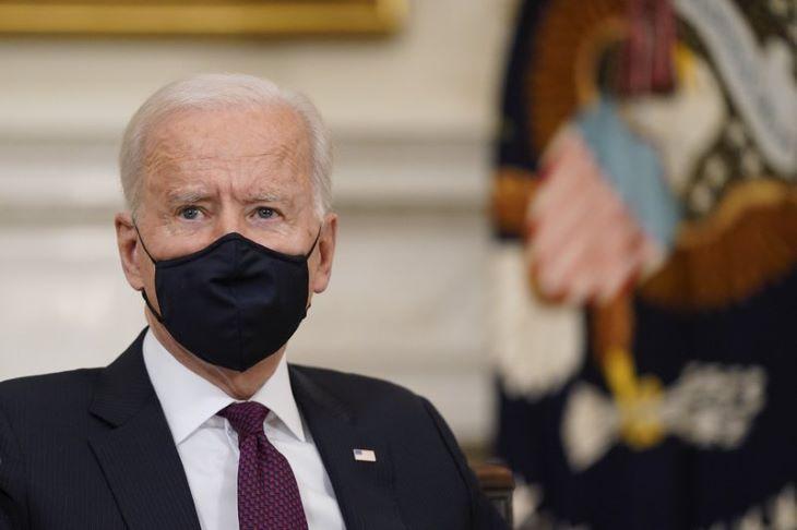 Biden pénzügyi szankciókat jelentett be Oroszország ellen, tíz orosz diplomatának álcázott kémet kiutasítanak