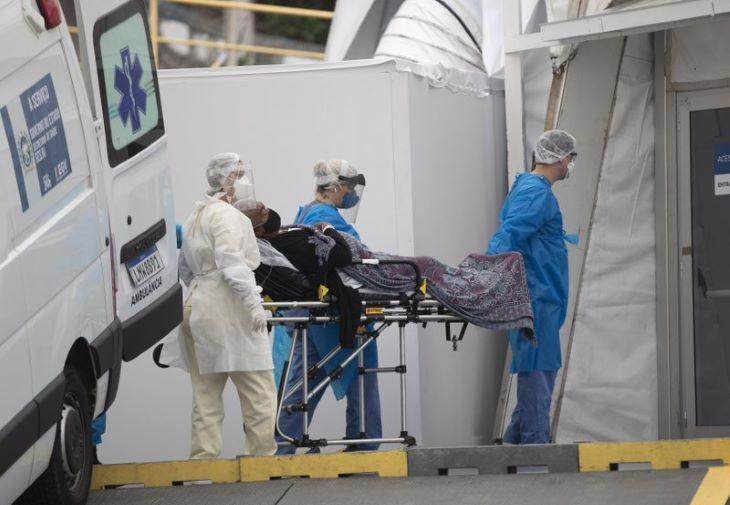 Brazíliában két hónap után először jelentettek 900-nál kevesebb napi halálesetet