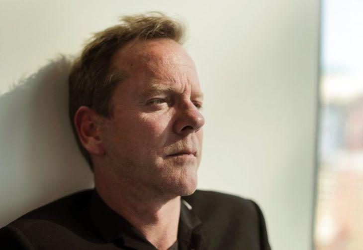 Kiefer Sutherland kémes tévésorozatban játszik