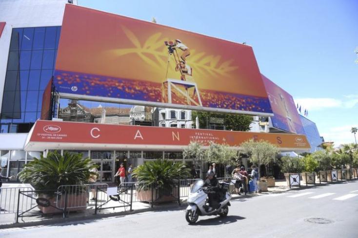 A francia nyitófilm a kritikusi listák élén a Cannes-i Filmfesztivál félidejében