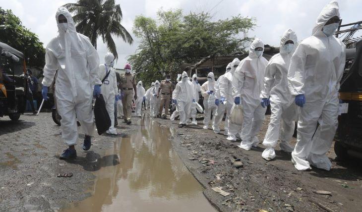 Újabb rekordot döntött Indiában az igazolt fertőzöttek napi növekménye