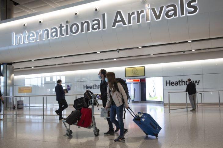 Tizenkét országból lehet karanténkötelezettség nélkül Angliába utazni, Szlovákiából és Magyarországról még nem