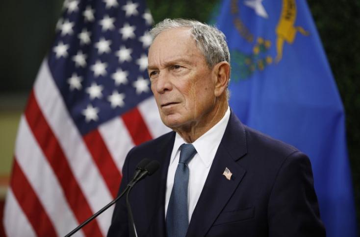 A milliárdos Michael Bloomberg cáfolja, hogy pénzével akar bejutni a Fehér Házba
