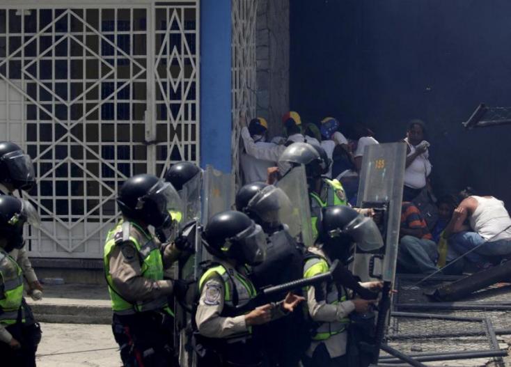 Szökési kísérlet után lázadás tört ki egy venezuelai börtönben - 29 halott!