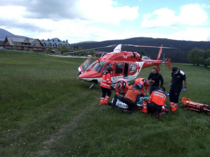 12 méteres magasságból zuhant le egy férfi a hotelben, mentőhelikoptert kellett hívni