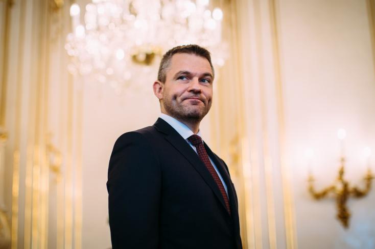 Pellegrini inkább csacsogna a magyar és a lengyel kormánnyal, minthogy büntesse