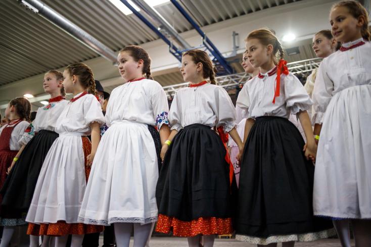 Sikeres volt a Szlovákiai Magyar Táncháztalálkozó