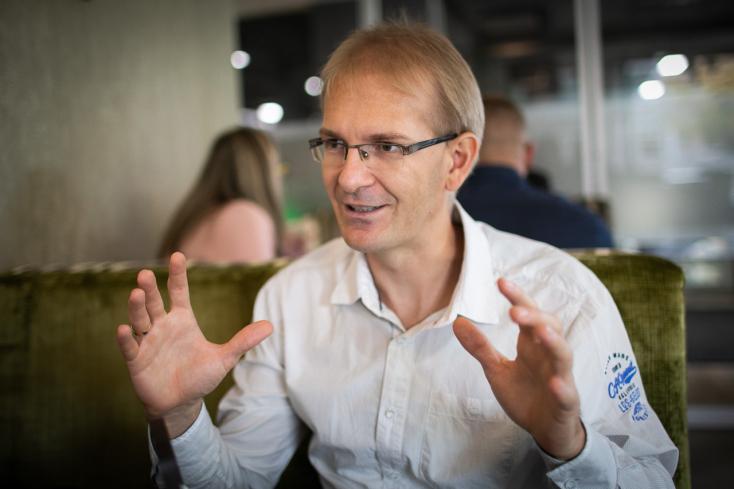 A dunaszerdahelyi fejlesztő, aki 3 perc alatt eladta ötletüket a világ befektetőinek