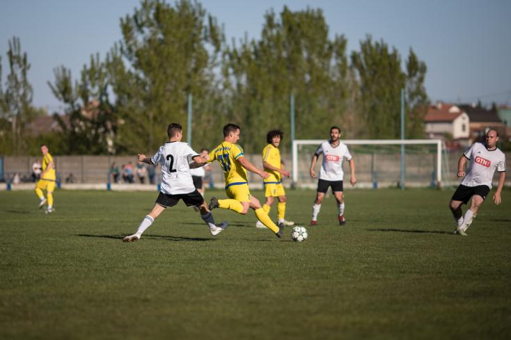 Nyugat-szlovákiai V. liga, keleti csoport, 25. forduló: Vendégként tarolt a mezőny udvardi éllovasa