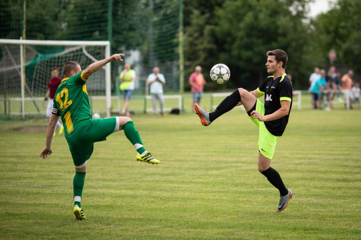 Nyugat-szlovákiai V. liga, déli csoport, 30. forduló: Hét találat, nyárasdi győzelem Nagyabonyban